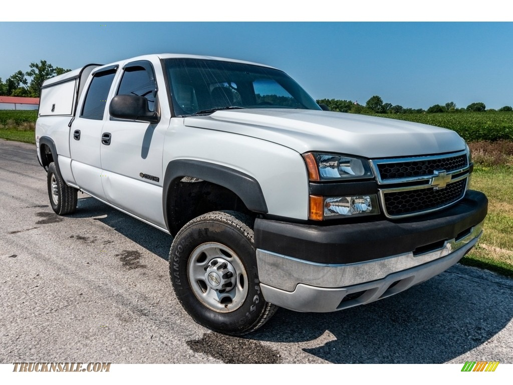 2006 Silverado 2500HD LS Crew Cab 4x4 - Summit White / Tan photo #1
