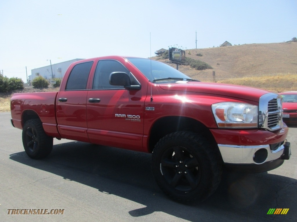 Flame Red / Medium Slate Gray Dodge Ram 1500 SLT Quad Cab 4x4