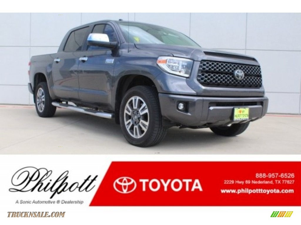 Magnetic Gray Metallic / Black Toyota Tundra Platinum CrewMax 4x4