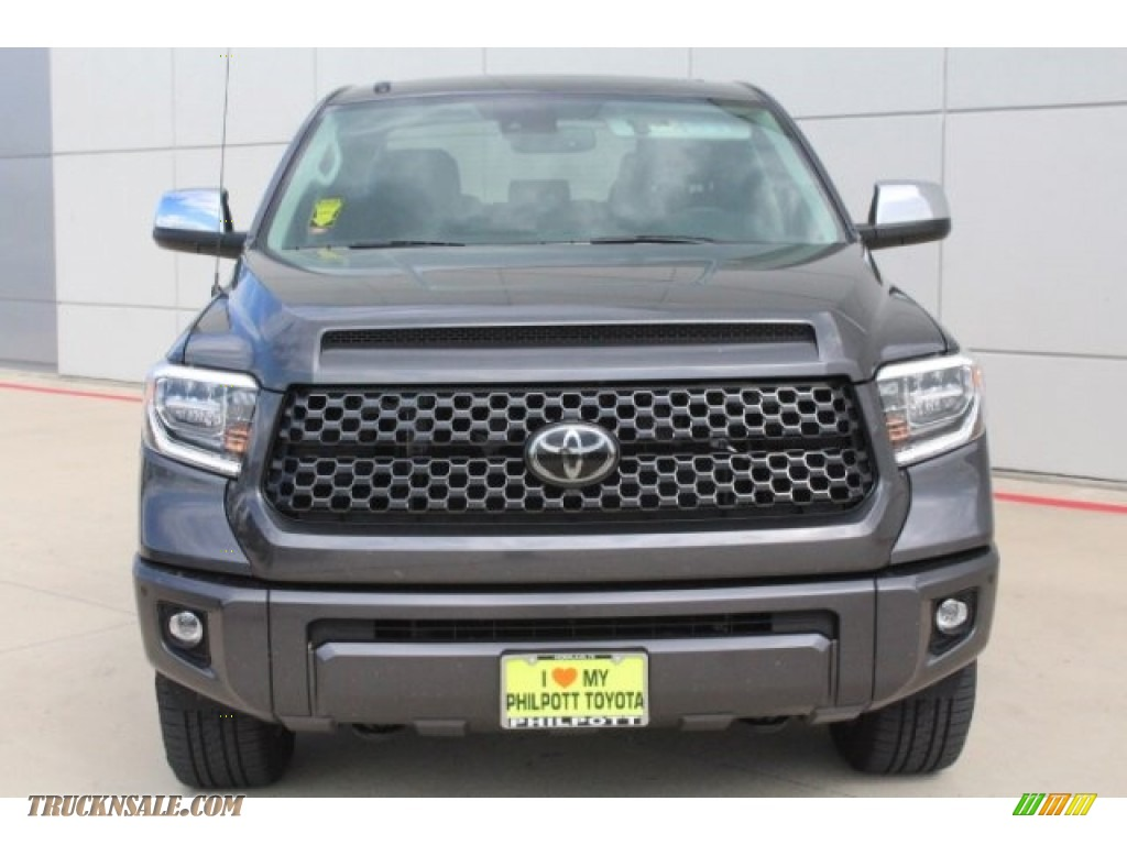 2019 Tundra Platinum CrewMax 4x4 - Magnetic Gray Metallic / Black photo #2