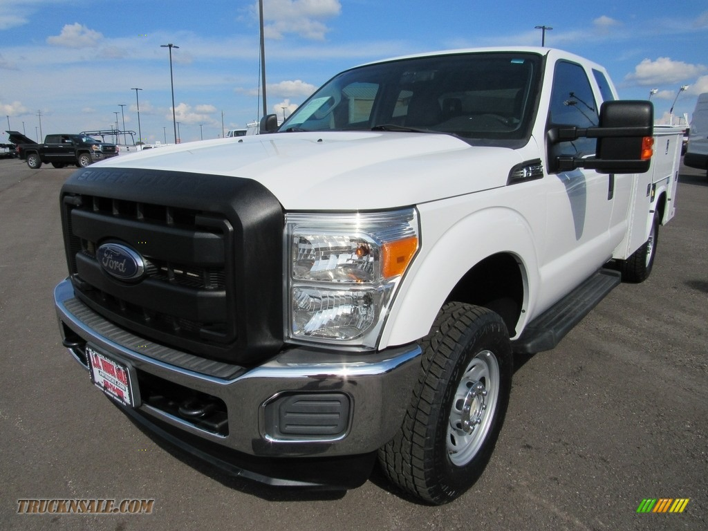 2012 F250 Super Duty XL SuperCab 4x4 - Oxford White / Steel photo #1