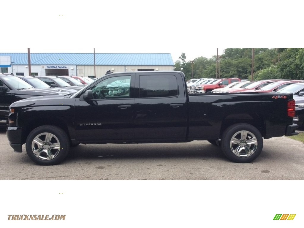 2018 Silverado 1500 Custom Crew Cab 4x4 - Black / Dark Ash/Jet Black photo #2