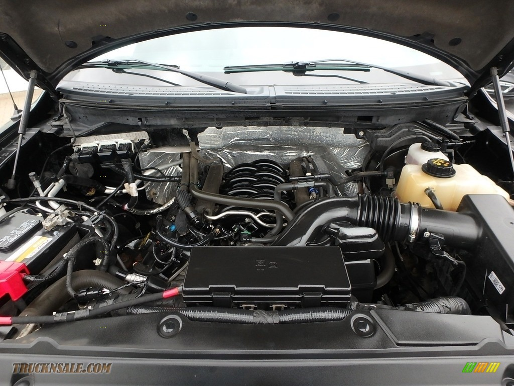 2013 F150 STX SuperCab 4x4 - Tuxedo Black Metallic / Steel Gray photo #2