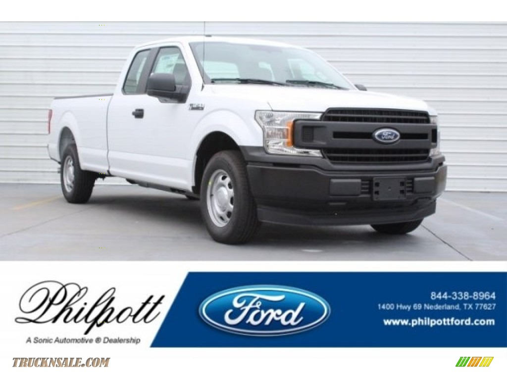 2018 F150 XL SuperCab - Oxford White / Earth Gray photo #1