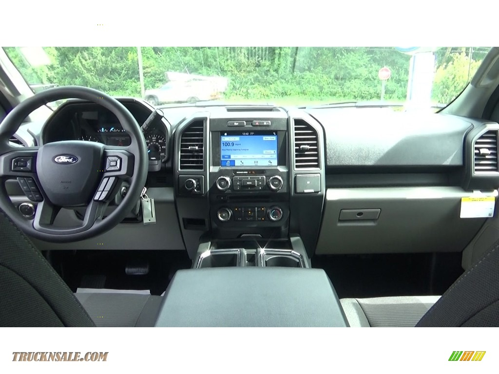 2018 F150 STX SuperCrew 4x4 - Ingot Silver / Earth Gray photo #18