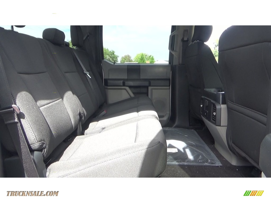 2018 F150 STX SuperCrew 4x4 - Ingot Silver / Earth Gray photo #22