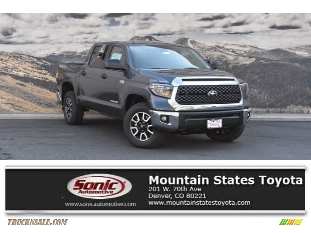 2019 Tundra SR5 CrewMax 4x4 - Magnetic Gray Metallic / Graphite photo #1