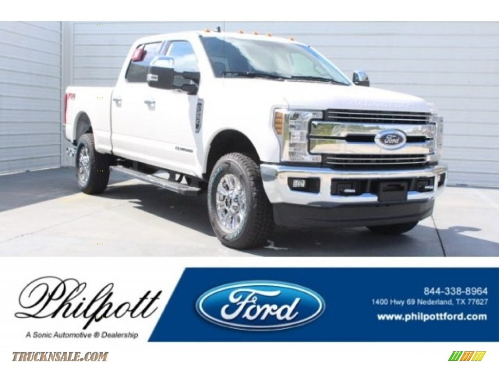2019 F250 Super Duty Lariat Crew Cab 4x4 - Oxford White / Black photo #1