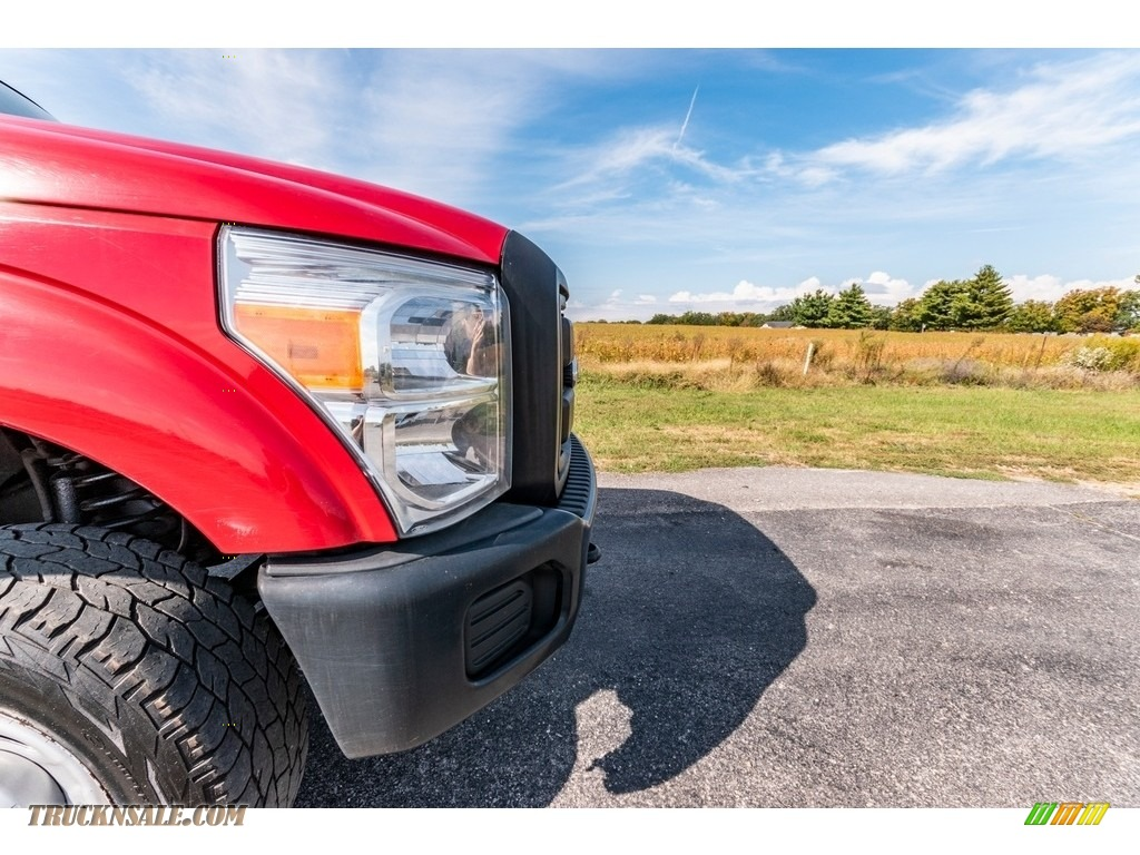 2011 F250 Super Duty XL Regular Cab 4x4 - Vermillion Red / Steel Gray photo #17