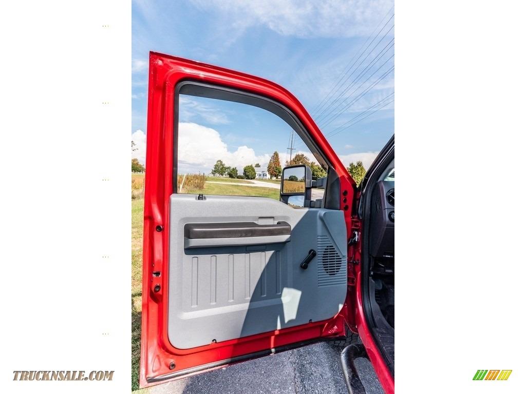 2011 F250 Super Duty XL Regular Cab 4x4 - Vermillion Red / Steel Gray photo #23
