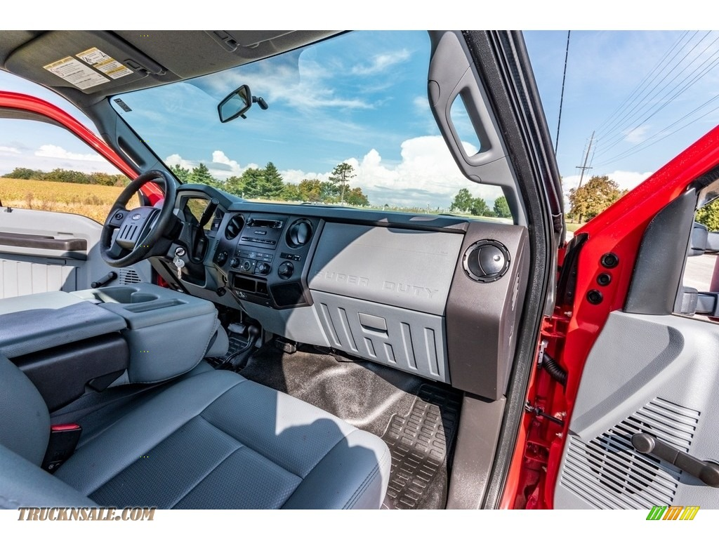 2011 F250 Super Duty XL Regular Cab 4x4 - Vermillion Red / Steel Gray photo #26
