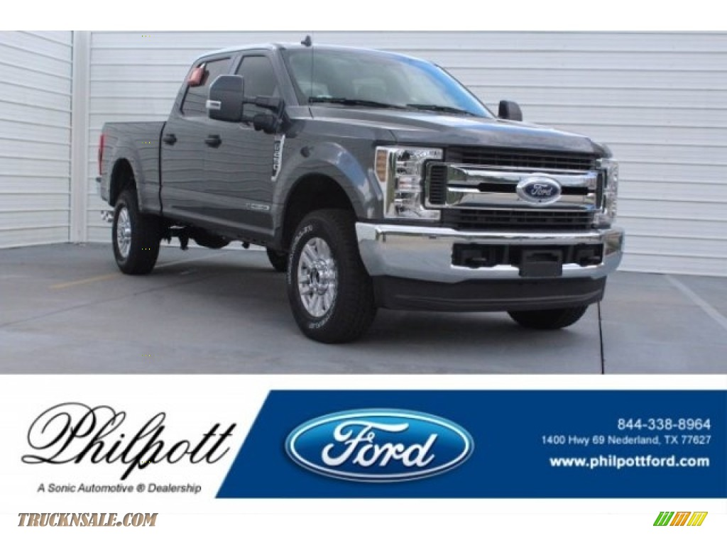 Magnetic / Earth Gray Ford F250 Super Duty XLT Crew Cab 4x4