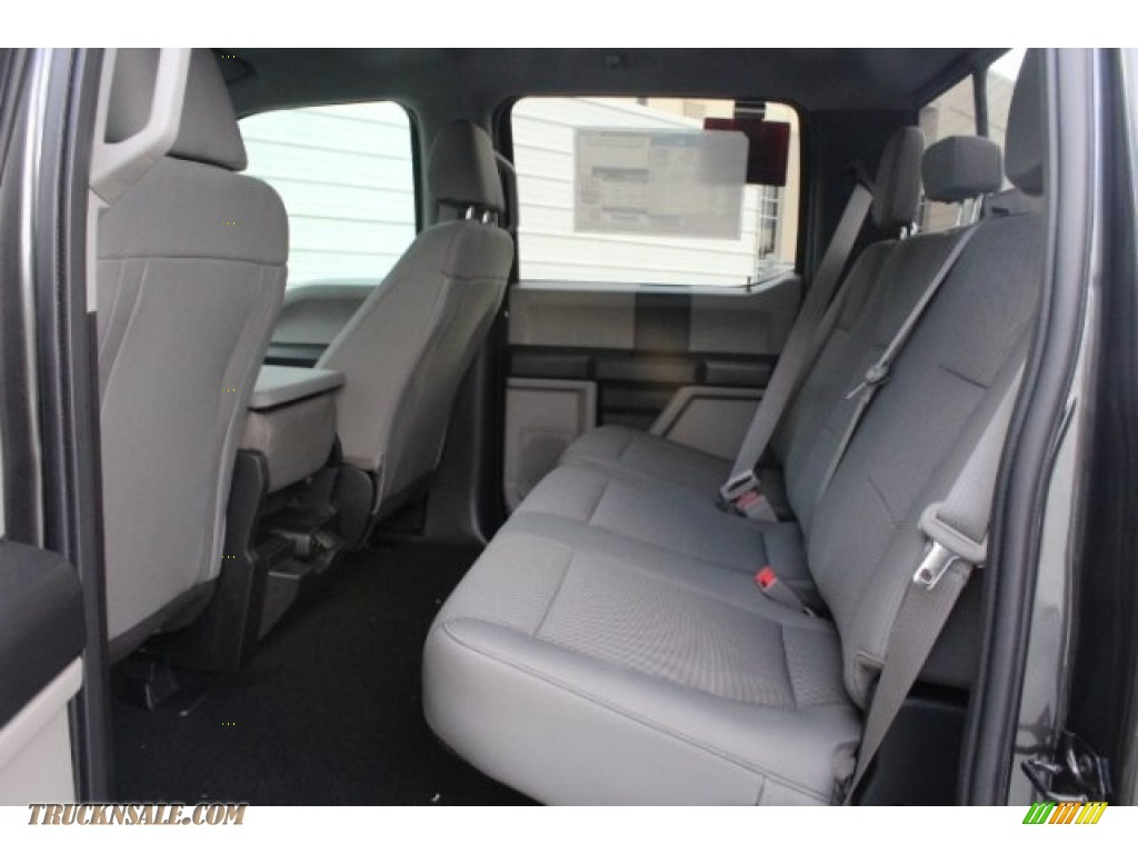 2019 F250 Super Duty XLT Crew Cab 4x4 - Magnetic / Earth Gray photo #22
