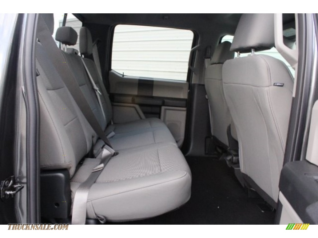 2019 F250 Super Duty XLT Crew Cab 4x4 - Magnetic / Earth Gray photo #27