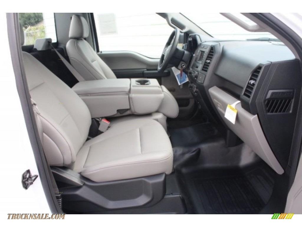 2018 F150 XL Regular Cab - Oxford White / Earth Gray photo #25