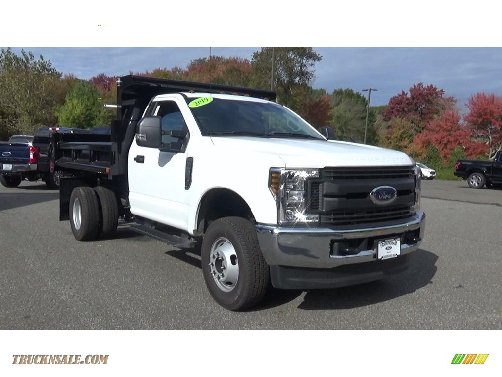 Oxford White / Earth Gray Ford F350 Super Duty XL Regular Cab 4x4 Dump Truck
