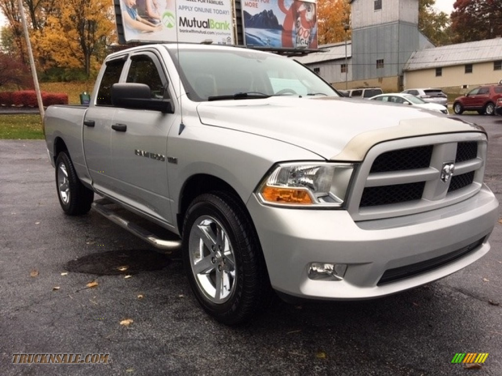 2012 Ram 1500 ST Quad Cab 4x4 - Bright Silver Metallic / Dark Slate Gray/Medium Graystone photo #1