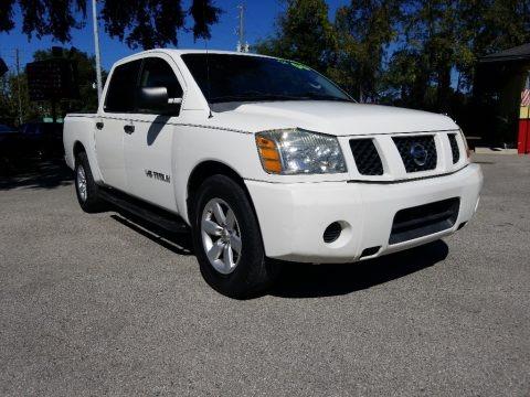 White 2006 Nissan Titan XE Crew Cab