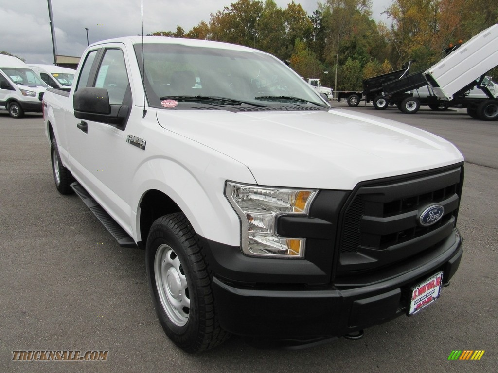 2016 F150 XL SuperCab 4x4 - Oxford White / Medium Earth Gray photo #7