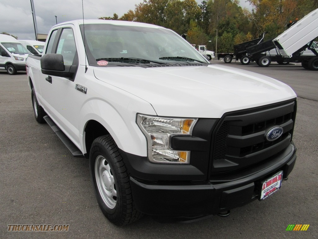 2016 F150 XL SuperCab 4x4 - Oxford White / Medium Earth Gray photo #53