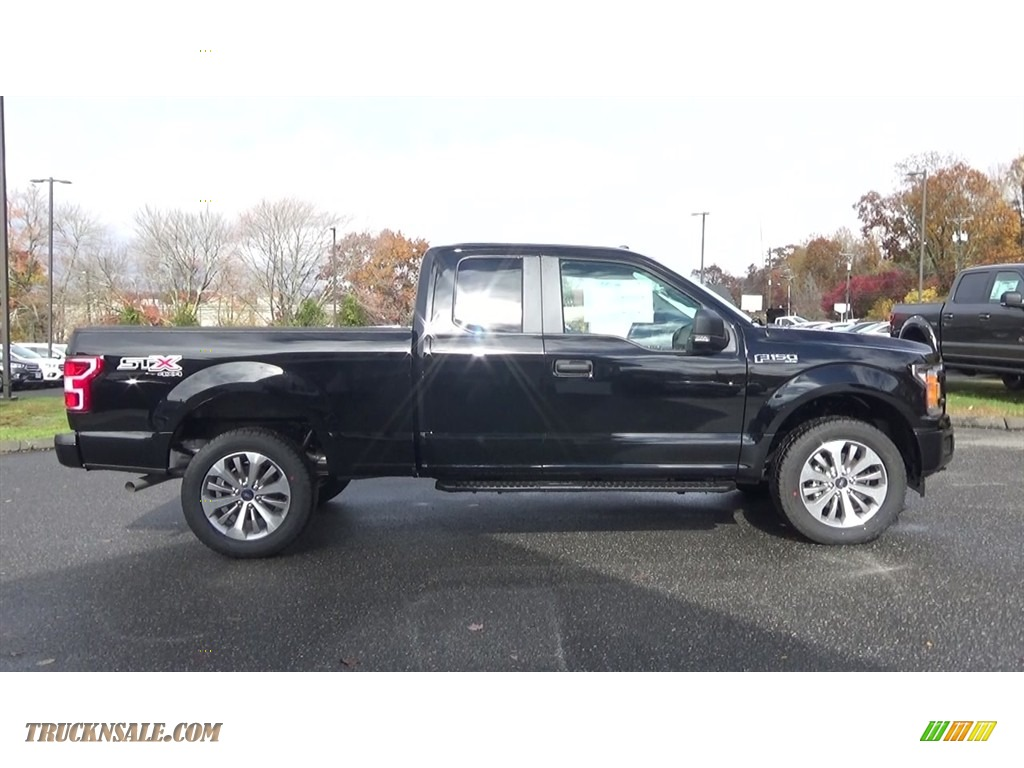 2018 F150 XL SuperCab 4x4 - Shadow Black / Earth Gray photo #8