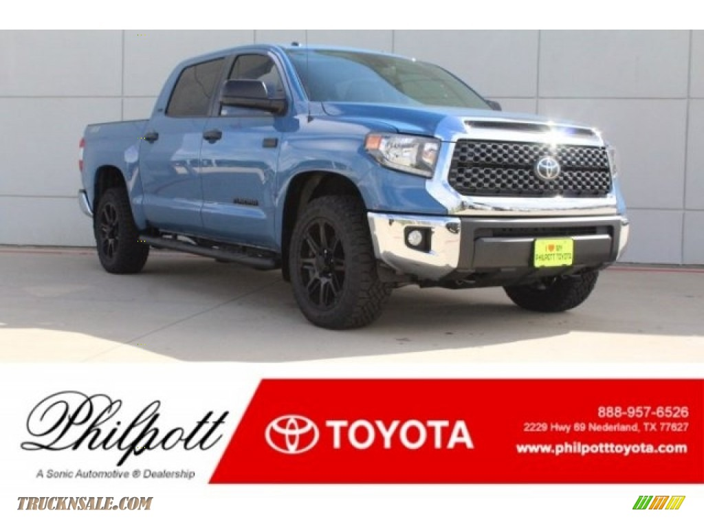 2019 Tundra TSS Off Road CrewMax 4x4 - Cavalry Blue / Graphite photo #1