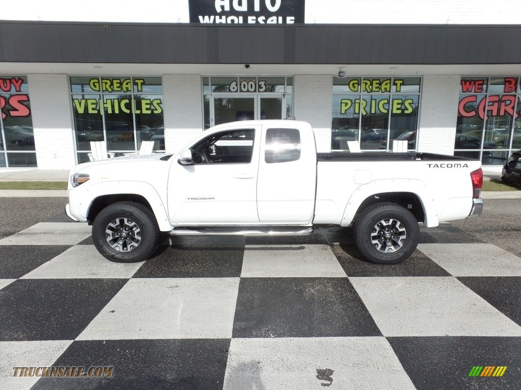2017 Tacoma TRD Off Road Access Cab 4x4 - Super White / TRD Graphite photo #1