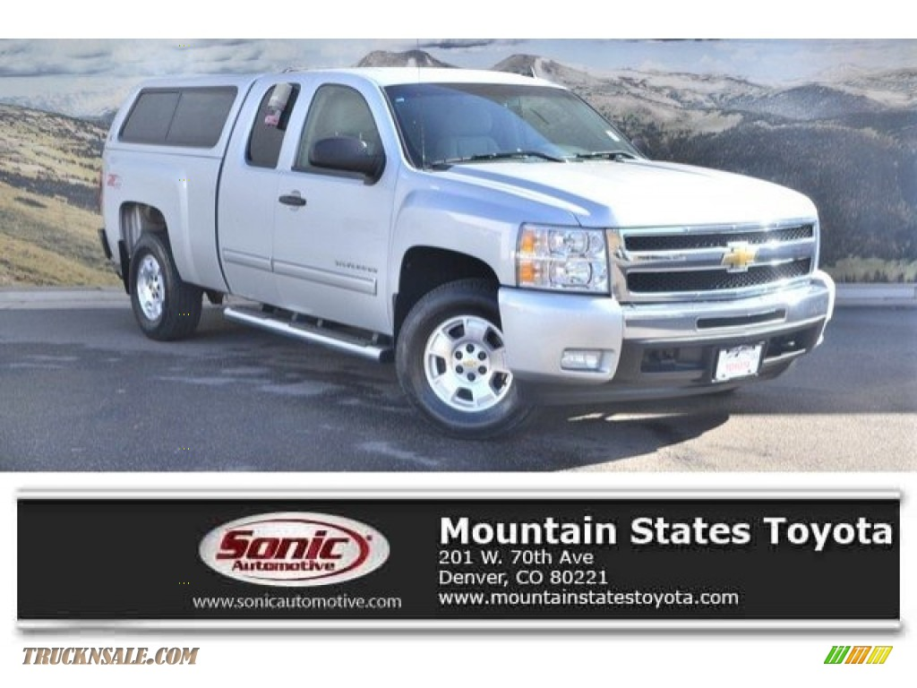 2011 Silverado 1500 LT Extended Cab 4x4 - Sheer Silver Metallic / Light Titanium/Ebony photo #1