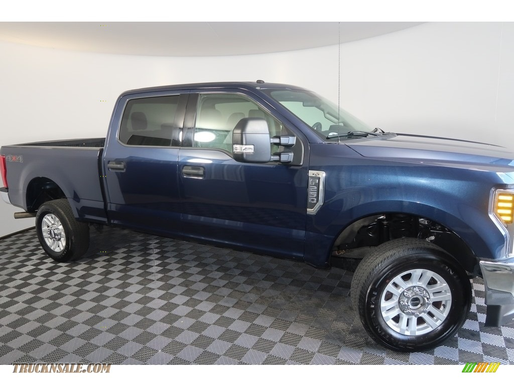 2018 F250 Super Duty XLT Crew Cab 4x4 - Blue Jeans / Earth Gray photo #4
