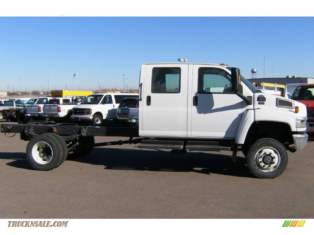2009 GMC C Series Topkick C5500 Crew Cab Chassis in Summit ...