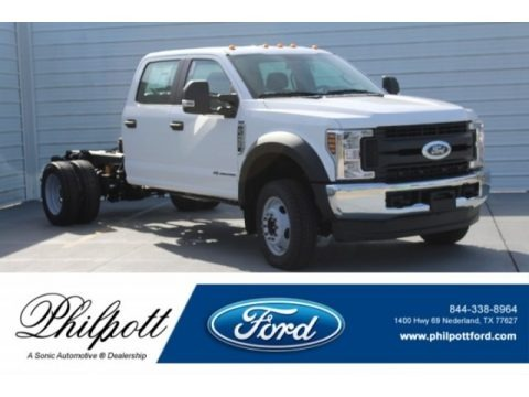 Oxford White 2019 Ford F450 Super Duty XL Crew Cab 4x4 Chassis