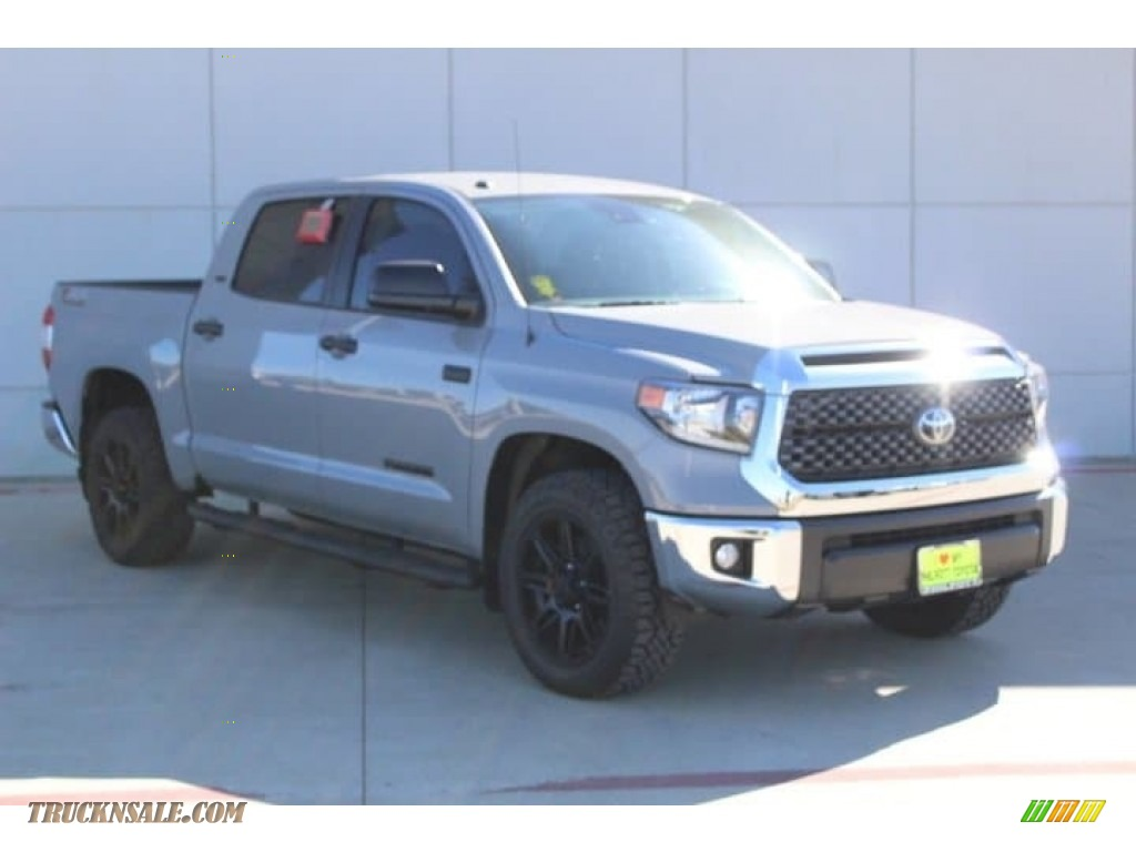 2019 Tundra TSS Off Road CrewMax - Cement / Black photo #2