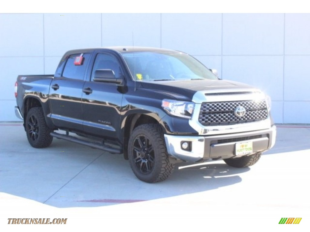 2019 Tundra TSS Off Road CrewMax - Midnight Black Metallic / Graphite photo #2