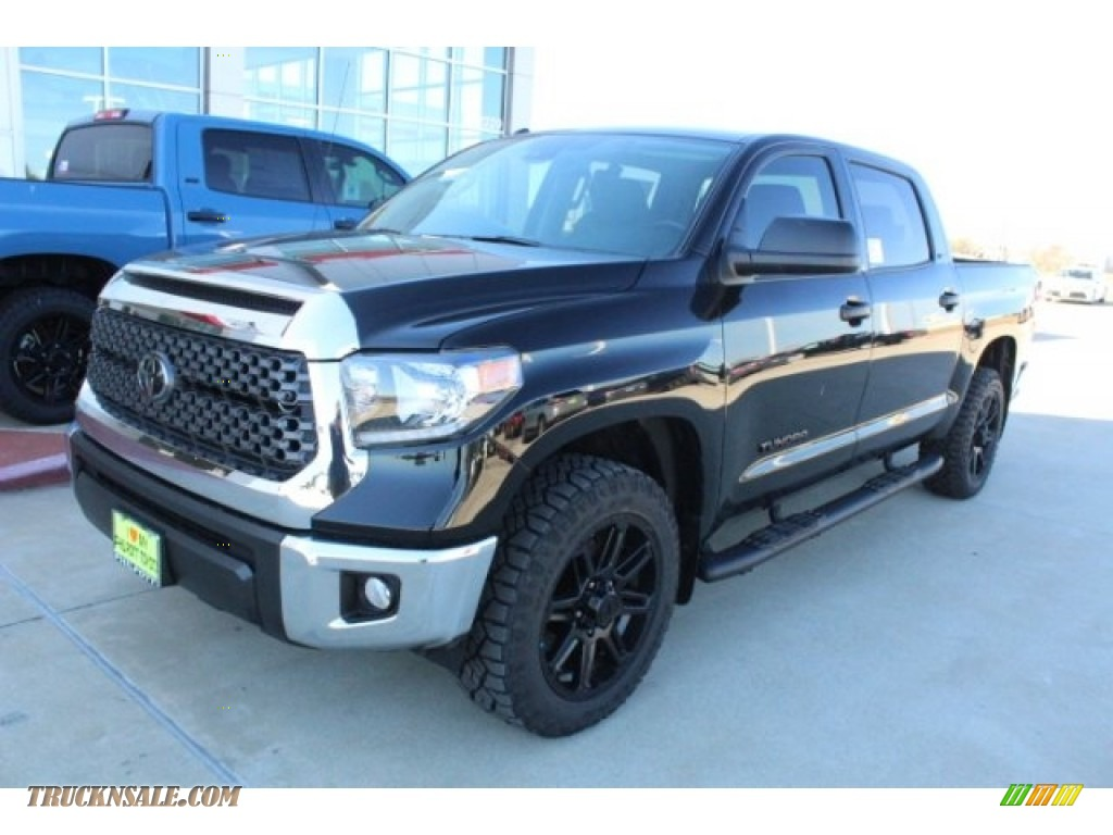 2019 Tundra TSS Off Road CrewMax - Midnight Black Metallic / Graphite photo #4