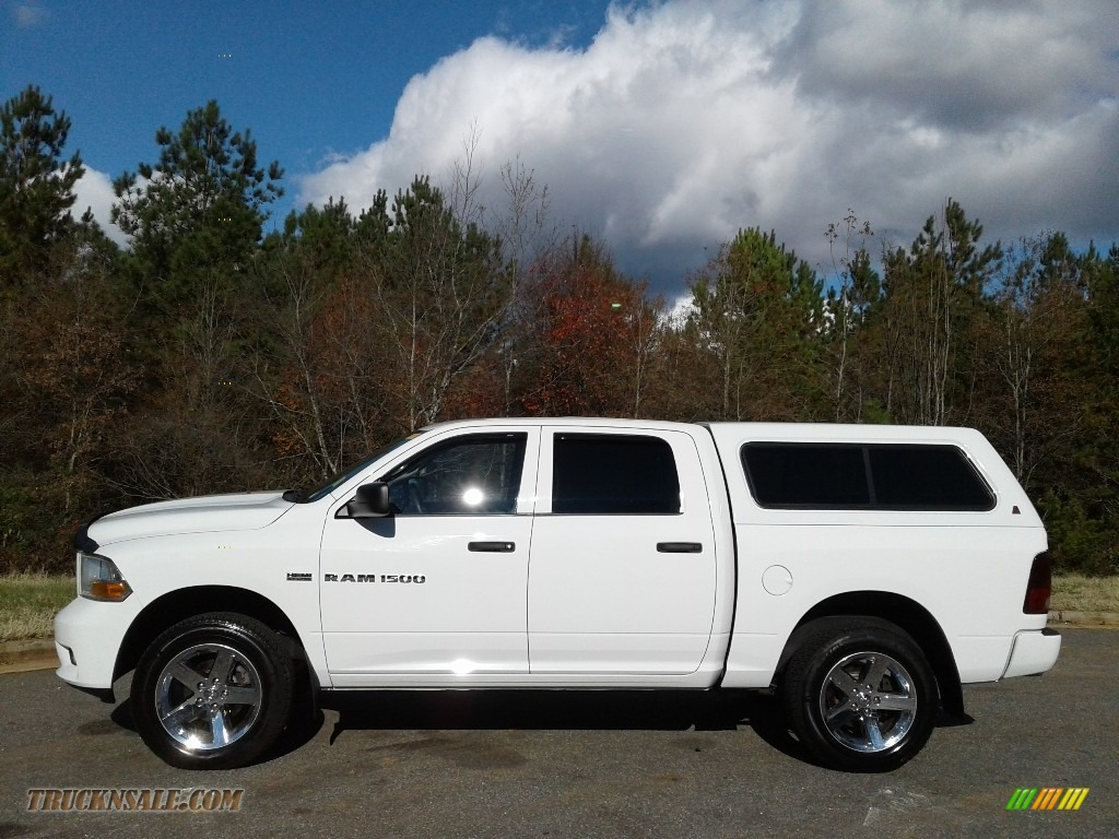 2012 Ram 1500 Express Crew Cab 4x4 - Bright White / Dark Slate Gray/Medium Graystone photo #1