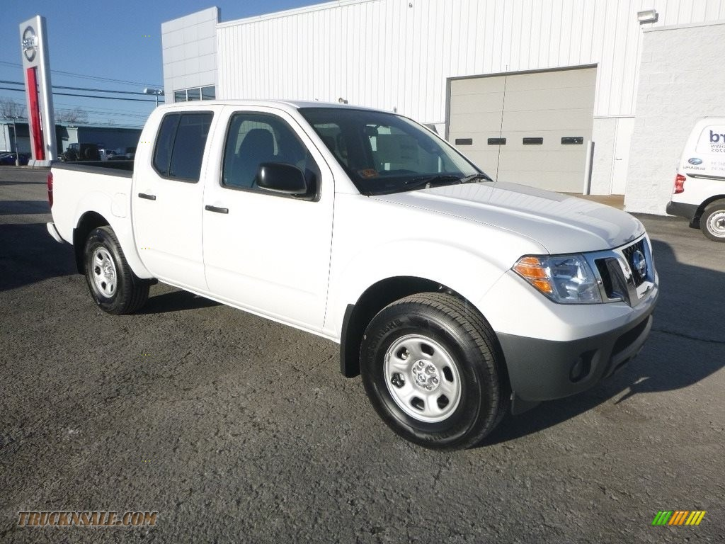 2018 Frontier S Crew Cab 4x4 - Glacier White / Steel photo #1