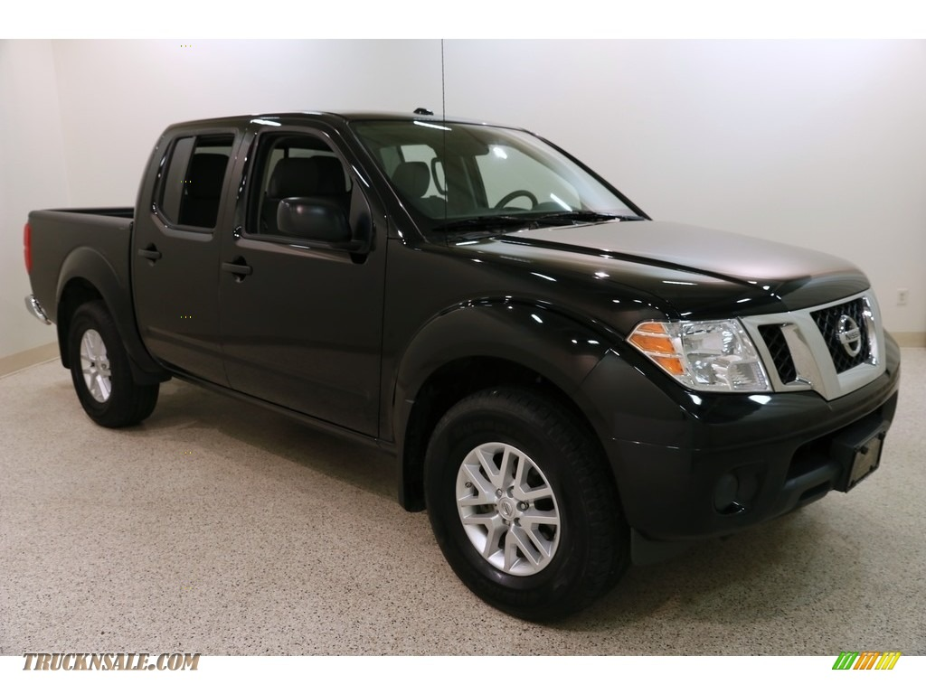 2018 Frontier SV Crew Cab 4x4 - Magnetic Black / Steel photo #1