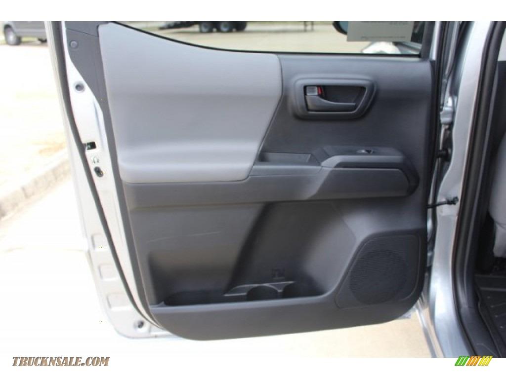 2019 Tacoma SR Double Cab - Silver Sky Metallic / Cement Gray photo #16