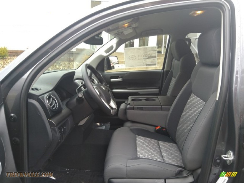 Magnetic Gray Metallic / Graphite Toyota Tundra SR5 Double Cab 4x4