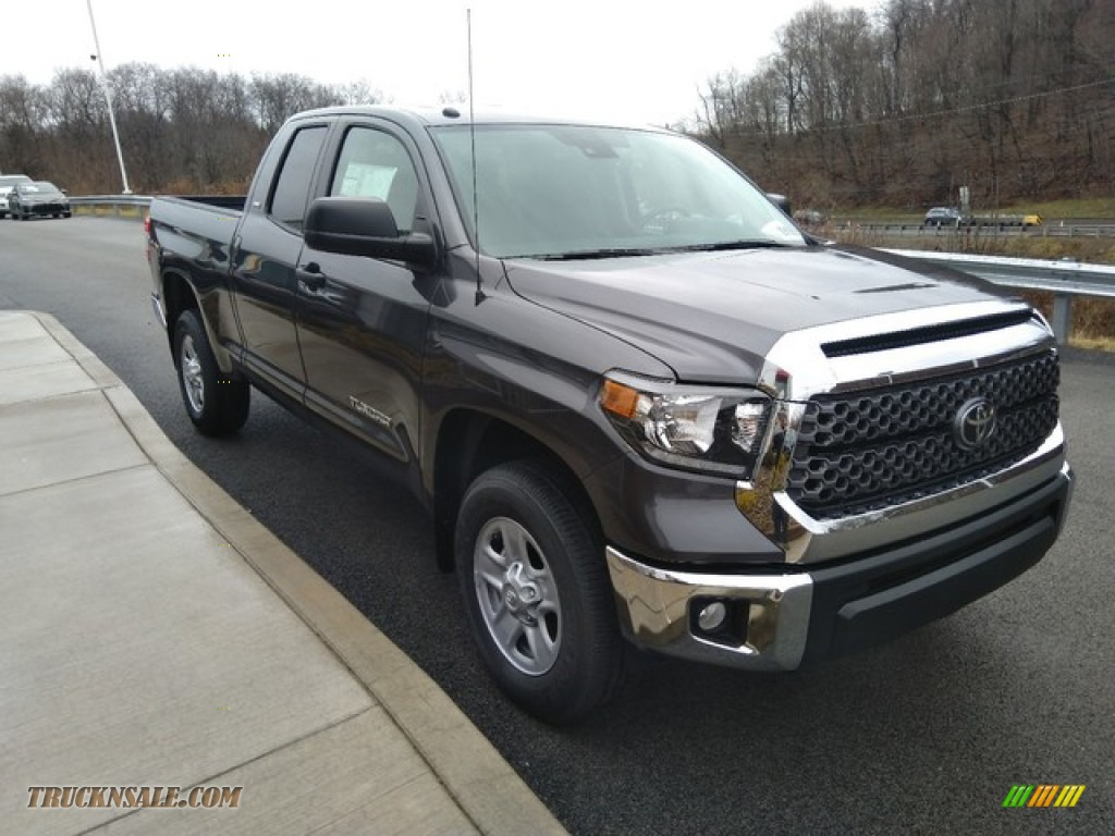 2019 Tundra SR5 Double Cab 4x4 - Magnetic Gray Metallic / Graphite photo #9