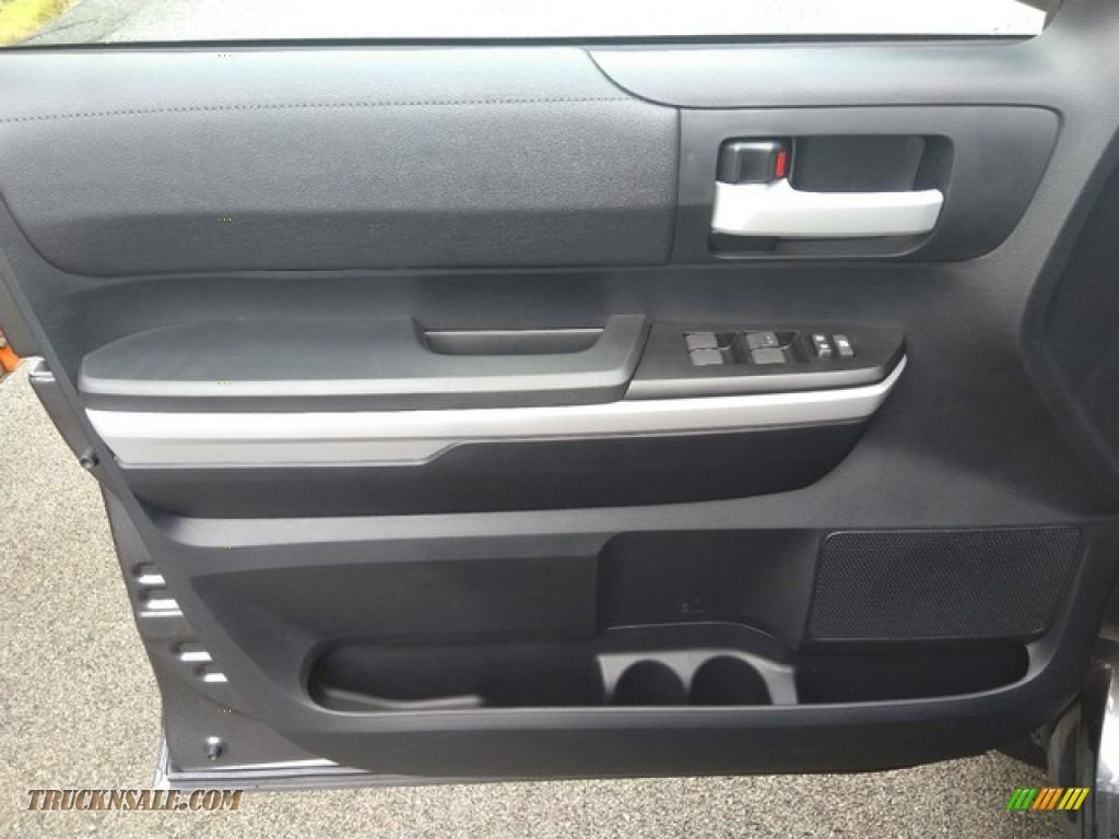 2019 Tundra SR5 Double Cab 4x4 - Magnetic Gray Metallic / Graphite photo #13