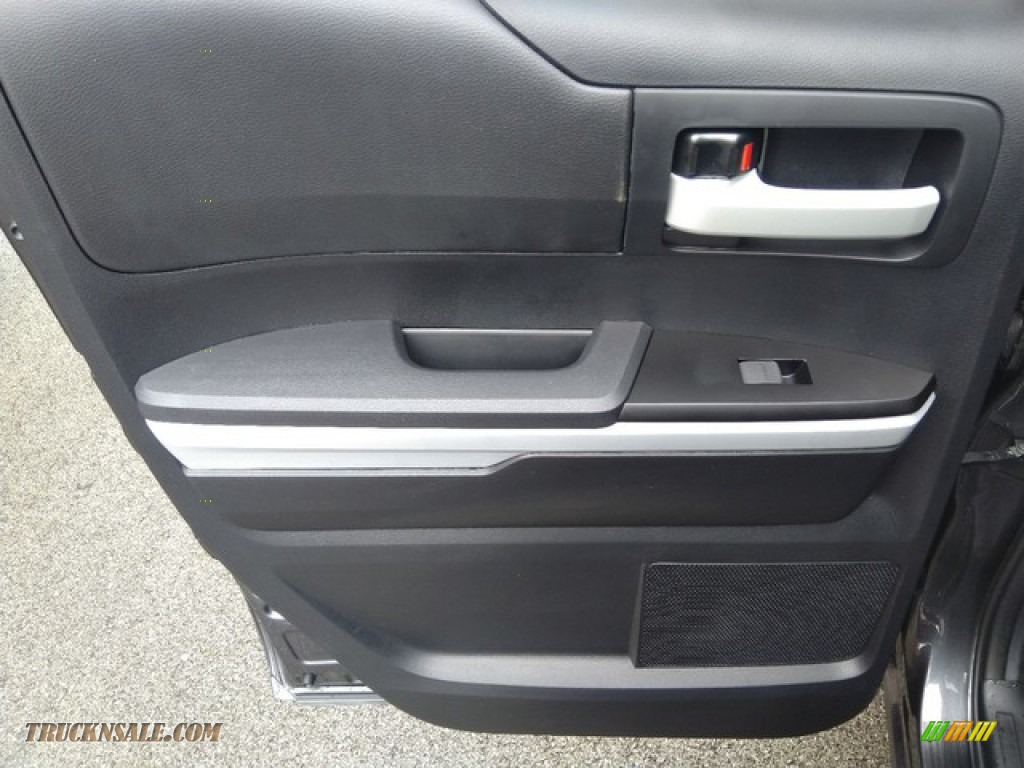 2019 Tundra SR5 Double Cab 4x4 - Magnetic Gray Metallic / Graphite photo #15