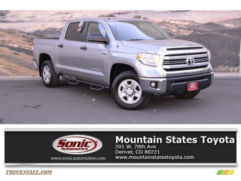 2017 Tundra SR5 CrewMax 4x4 - Silver Sky Metallic / Black photo #1