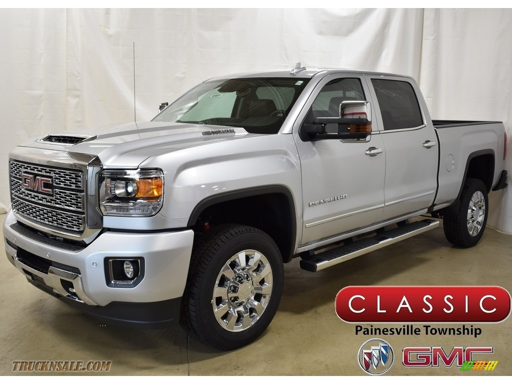 Quicksilver Metallic / Jet Black GMC Sierra 2500HD Denali Crew Cab 4WD