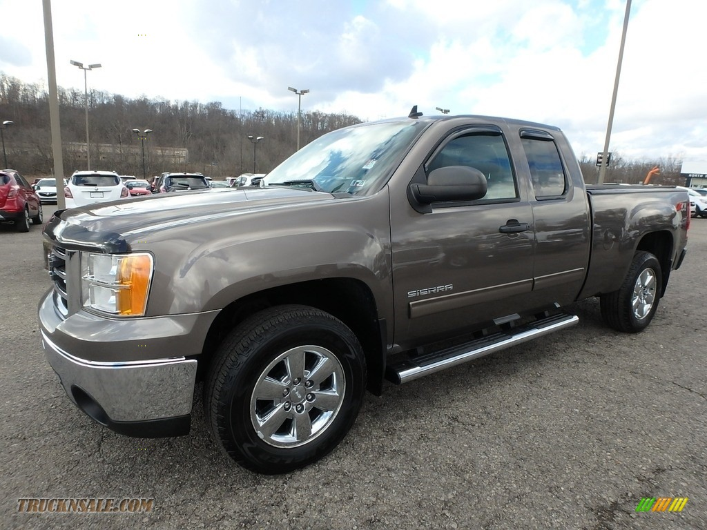 2013 Sierra 1500 SLE Extended Cab 4x4 - Mocha Steel Metallic / Ebony photo #1