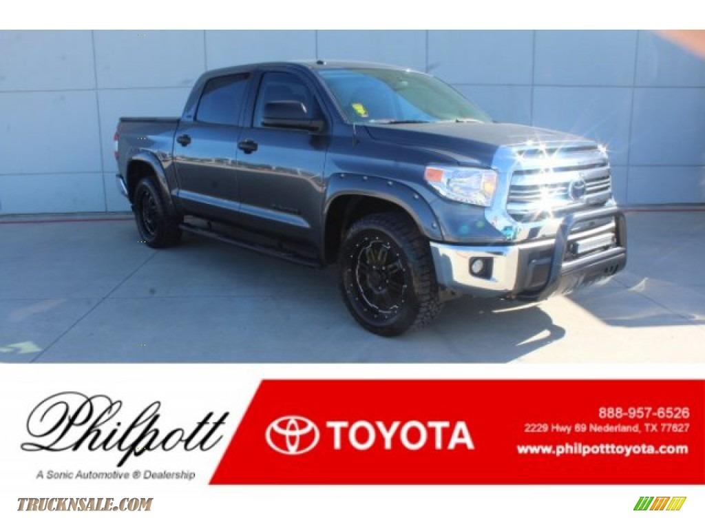 Silver Sky Metallic / Black Toyota Tundra SR5 CrewMax