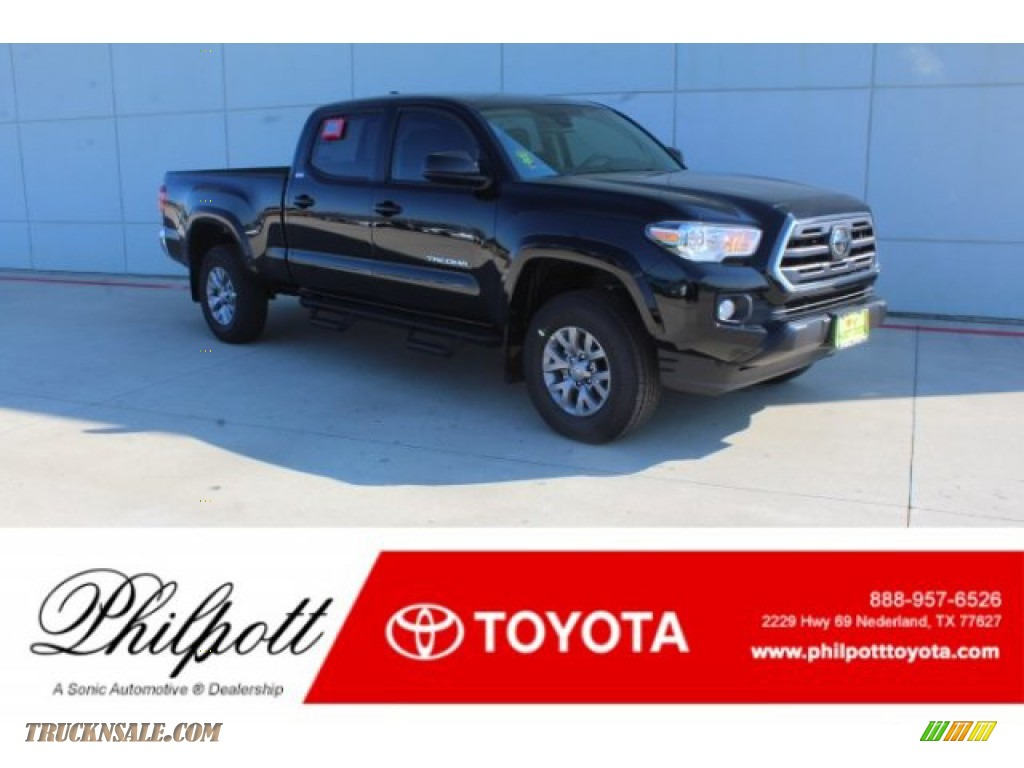 2019 Tacoma SR5 Double Cab - Midnight Black Metallic / Cement Gray photo #1