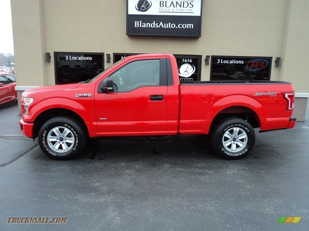 Race Red / Medium Earth Gray Ford F150 XL Regular Cab 4x4
