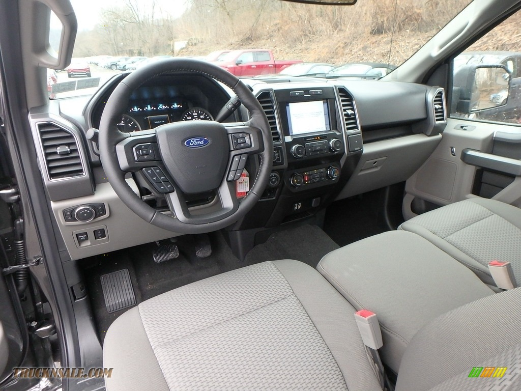 2019 F150 XLT SuperCab 4x4 - Magnetic / Earth Gray photo #12