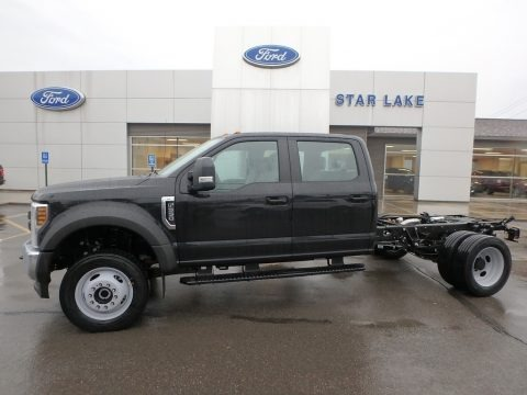 Black 2019 Ford F550 Super Duty XL Crew Cab 4x4 Chassis